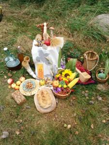 Opferaltar zum Ernte- und Herbstfest 2014
